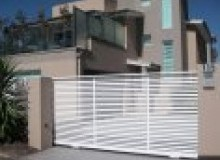 Kwikfynd Decorative Automatic Gates comoonloop