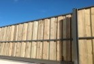 Comoon Loop Lap and cap timber fencing 1