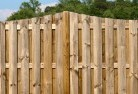 Comoon Loop Pinelap fencing 4